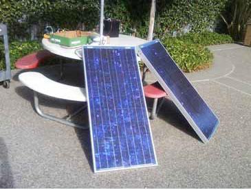 图 1:测试 BP 太阳能电池板, BP380U (0 至 20V 输出,4A 峰值功率 80W)