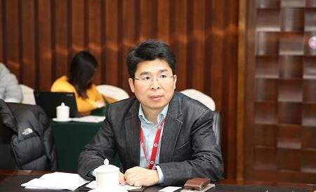 华大九天杨晓东谈本土EDA发展:打铁还需自身硬