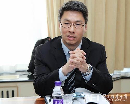 紫光集团副总裁、首席品牌官改.jpg